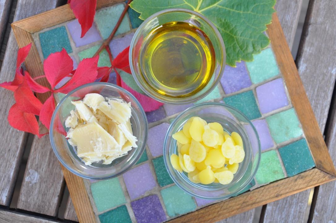 Bild 2 - ta fram och väg upp ingredienserna_S
